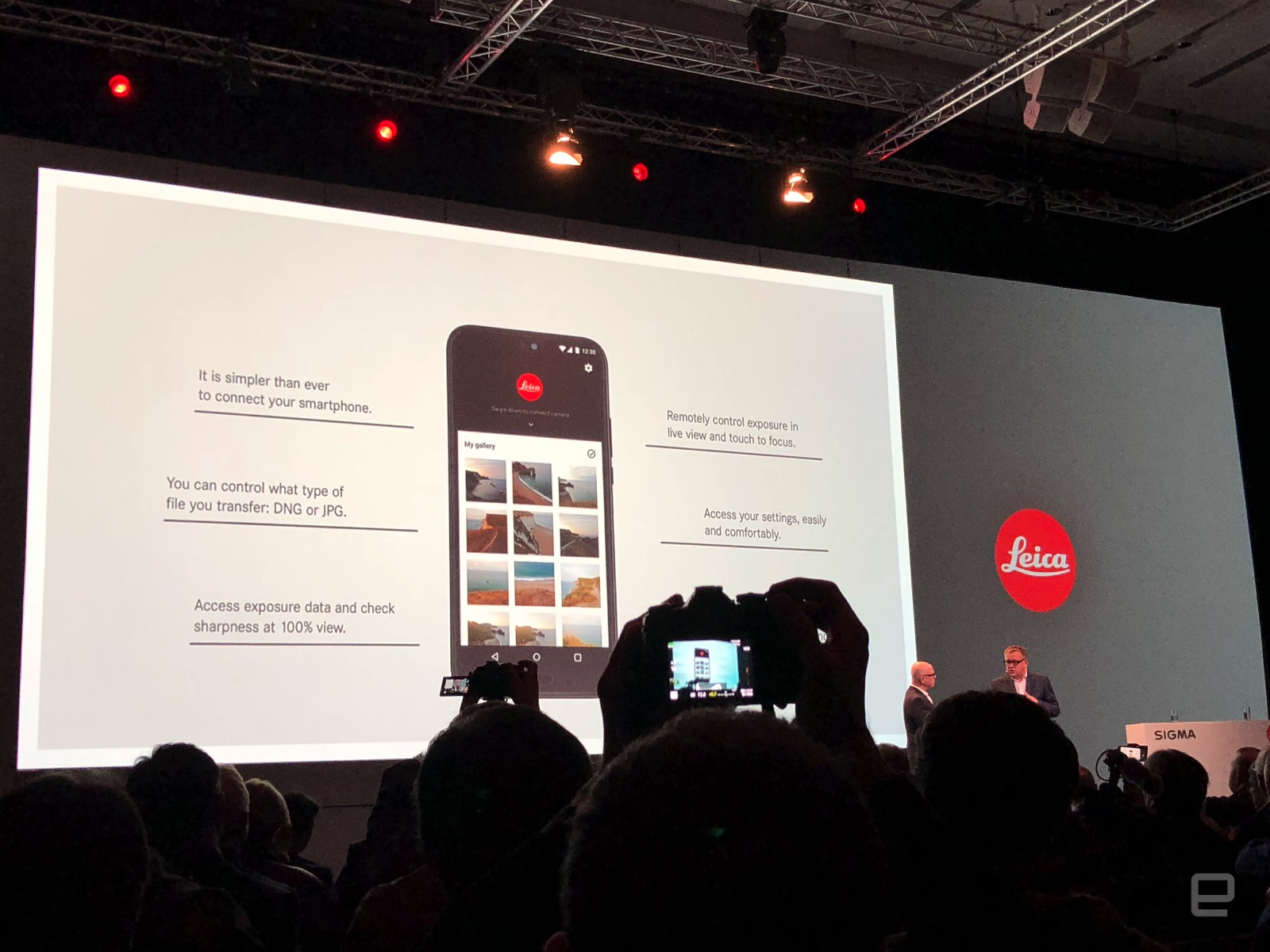 Leica's new app lets you control your camera with a smartphone