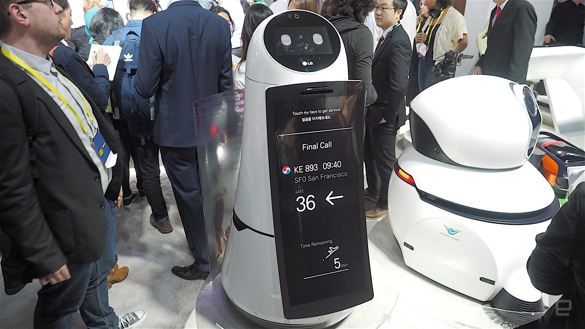 Top 6 Best Robots at Airport 2018 -19   Spencer   Pepper   LG's Robot   Humanoid Robot  