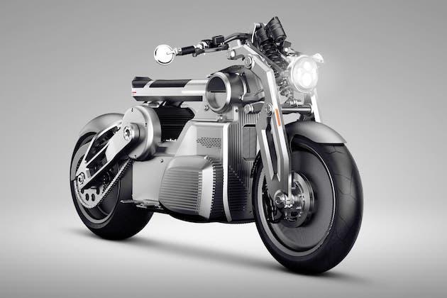 カーチス・モーターサイクルズ、世界初の「Eツイン」パワーユニットを搭載する電動バイク「ゼウス」を発表!