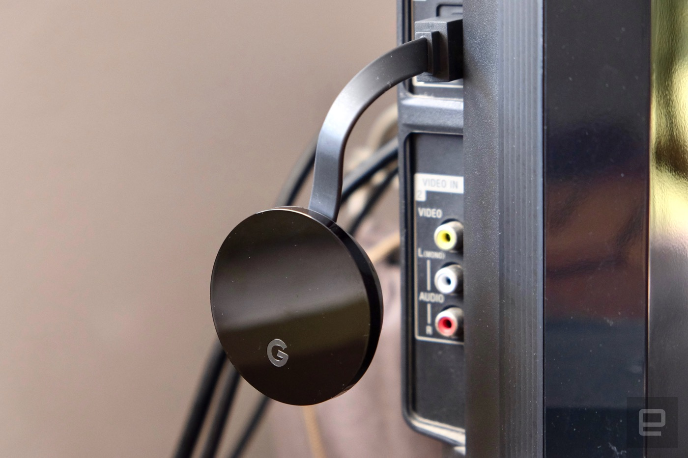 chromecast ultra review better video quality comes at a cost. Black Bedroom Furniture Sets. Home Design Ideas