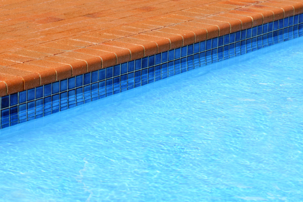 Father And Future Husband Drown In Swimming Pool Trying To Save Each Other Aol