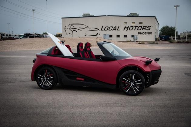 ローカル・モーターズ、世界初の3Dプリントで製作された市販車「LM3D スイム」を発表(ビデオ付)
