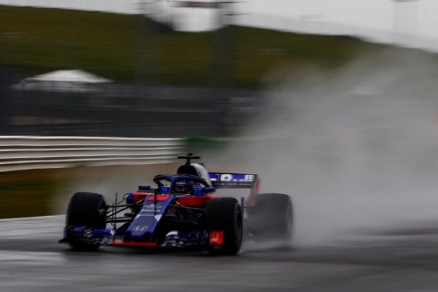 ホンダのパワーユニットを搭載したトロロッソの今季用F1マシンが好調に初走行を披露!