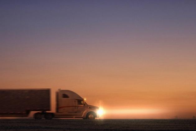 トヨタ、セミトラックやバスなど大型燃料電池自動車の開発に意欲