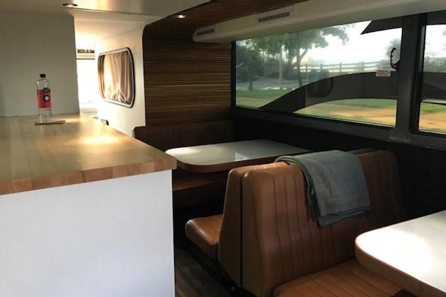「走るリッツカールトン」 アメリカで話題の寝台バス「Cabin」に乗ってみた
