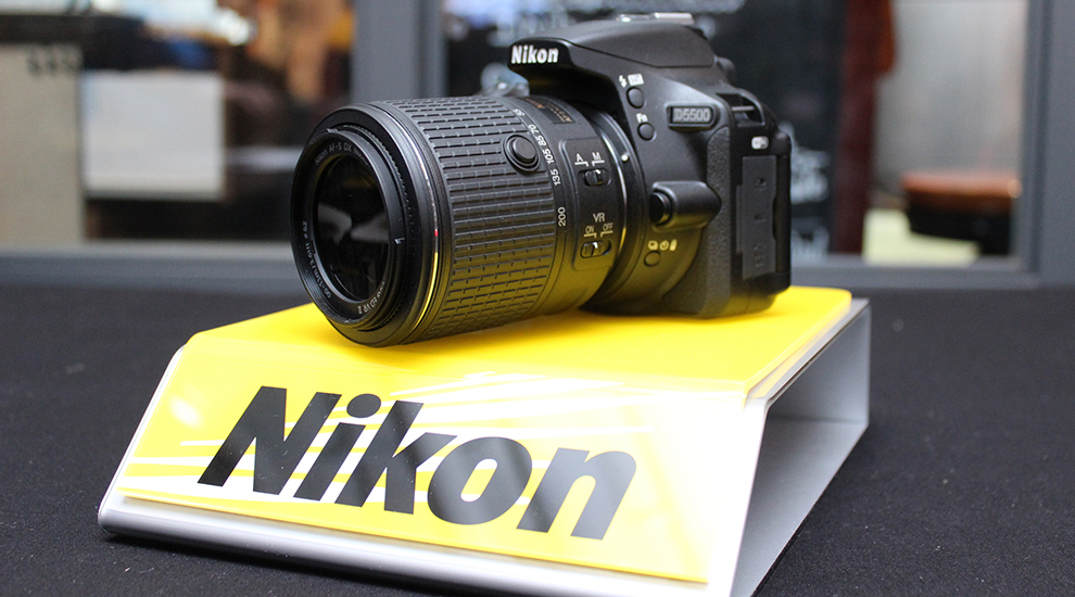 Nikon D5500 抵港,細小機身加入可翻轉觸控螢幕