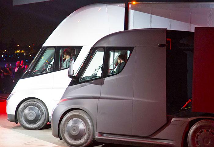 PepsiCo pre-orders 100 Tesla electric semi trucks