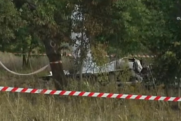 11 parachutists killed in plane crash in Poland