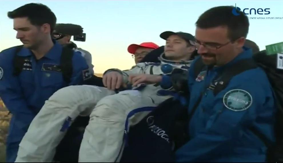 Après six mois dans l'espace, Thomas Pesquet a atterri au