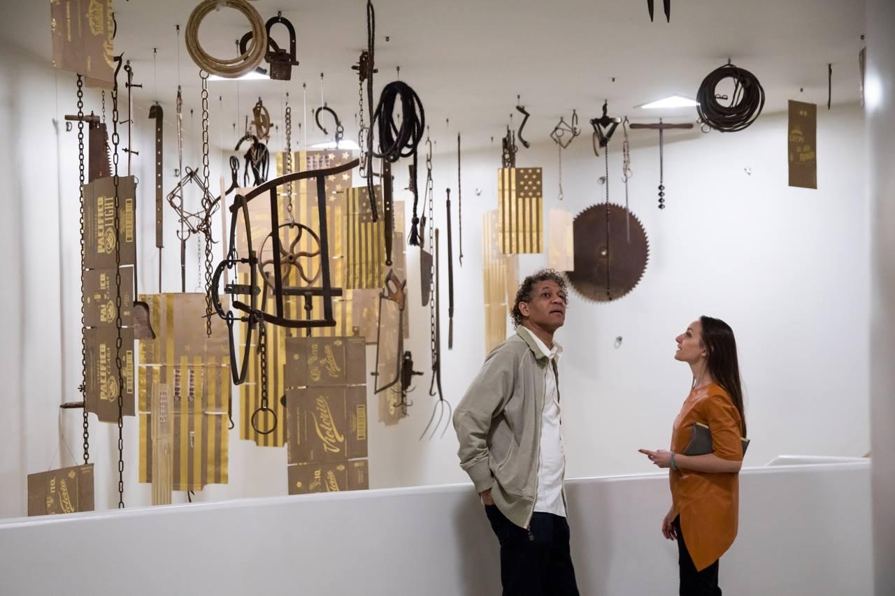 El artista vietnamita que invita, desde NY, a enamorarse de