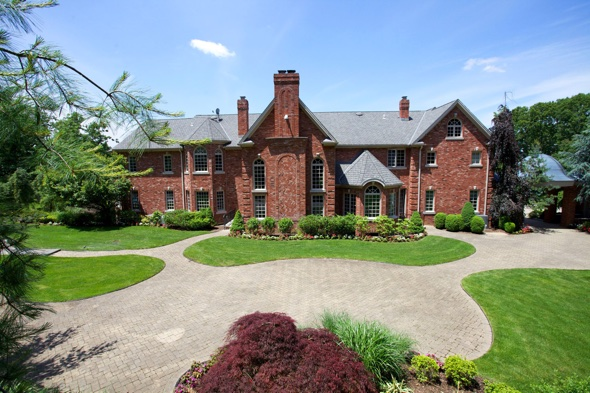 P Diddy S New Jersey Mansion Goes On Sale For 5 5 Million Aol