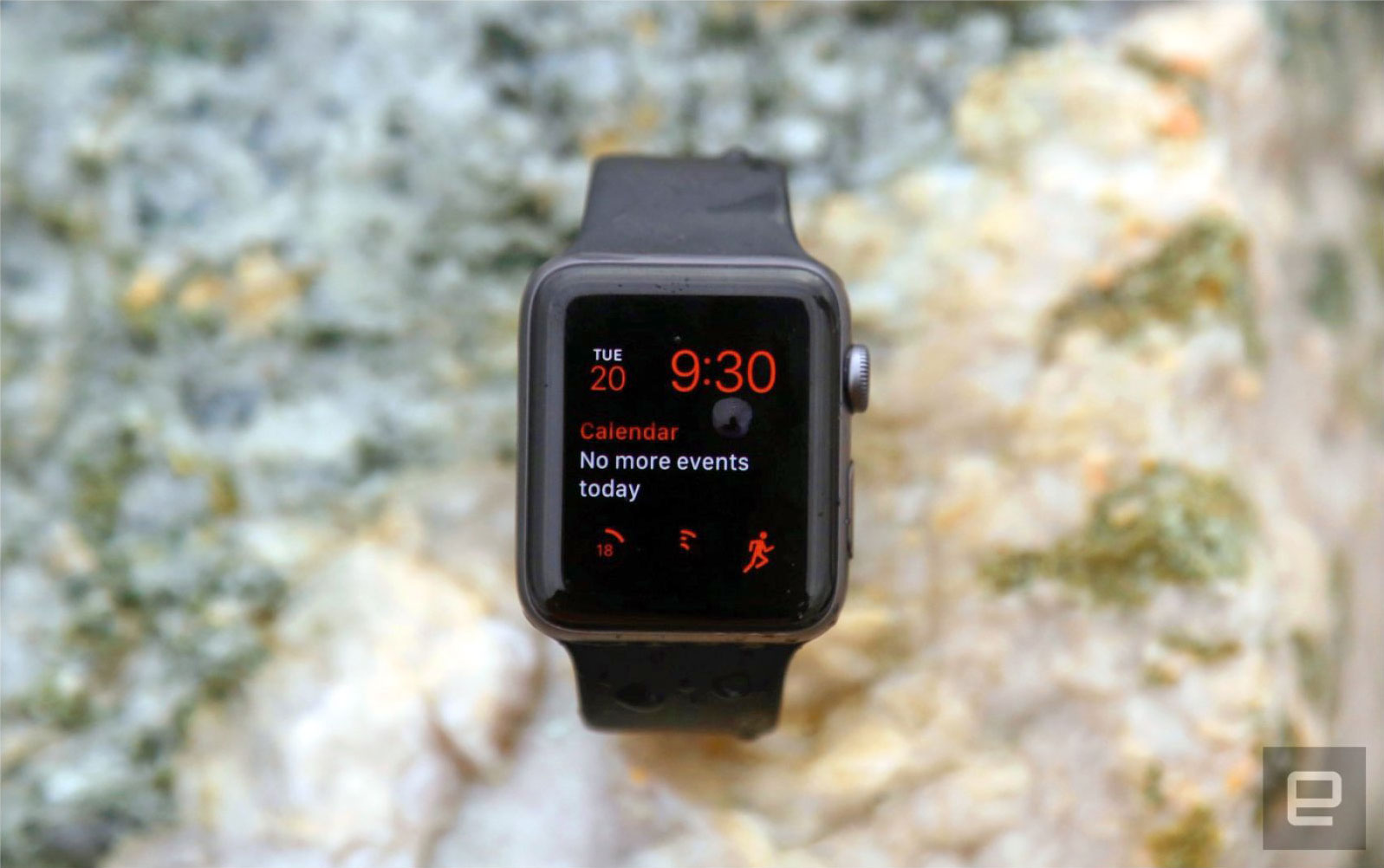 Apple quietly extends first-gen Watch warranty to three years