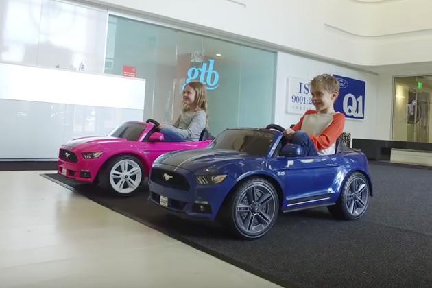 【ビデオ】フォード「マスタング」の電気自動車が発売!(ただし子供向け)