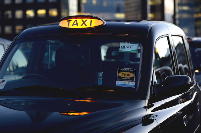 A black cab parked on London Bridge during a protest against TfL and Uber. PRESS ASSOCIATION Photo. Picture date: Thursday January 18, 2018. Photo credit should read: Kirsty O'Connor/PA Wire