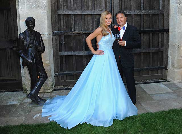 Katherine Jenkins Goes All Fairytale Princess On Us As She Performs ...