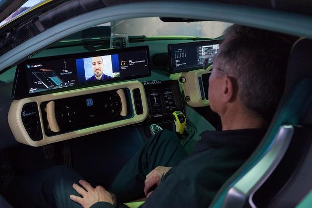 ハーマンとマイクロソフトの提携で「Office 365」が車内で利用可能に