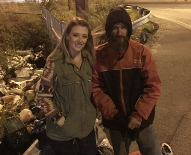 Woman raises £300k for homeless man who gave her his last £15