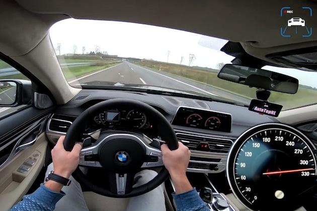 【ビデオ】BMW「M760Li xDrive」が、アウトバーンで最高速度320km/hに到達!?