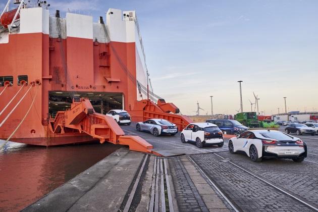BMW、過去3年で10万台のEVを売り上げ、次の焦点は自動運転車へ