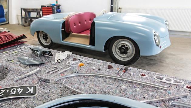 ポルシェが70年前に作られた「356」第1号車プロトタイプのレプリカを製作
