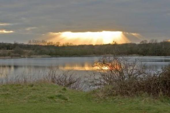 Man dies at Blue Lagoon lake in Milton Keynes