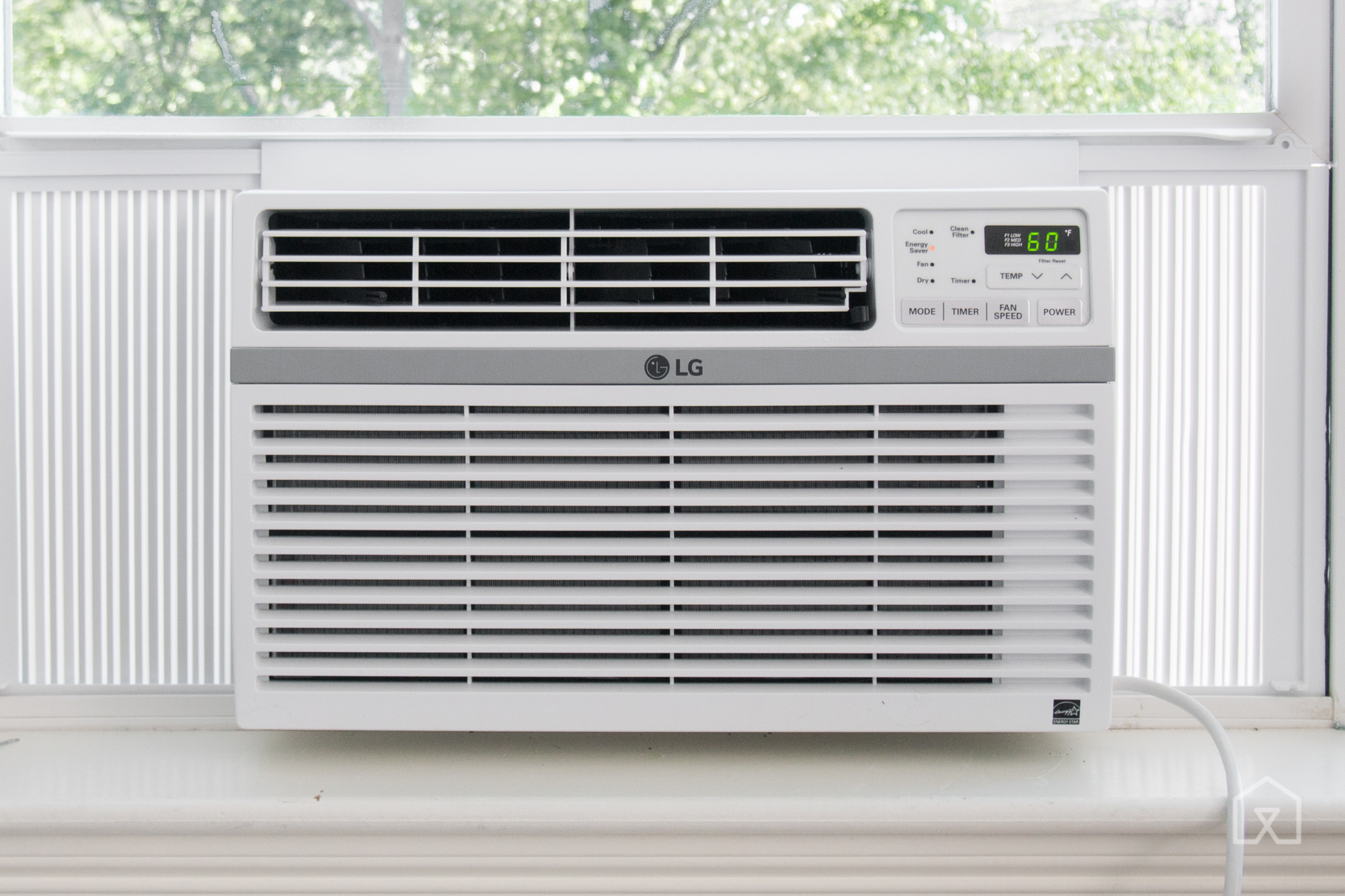The LG LW8016ER is the best affordable AC for a home office or living  #5C7853