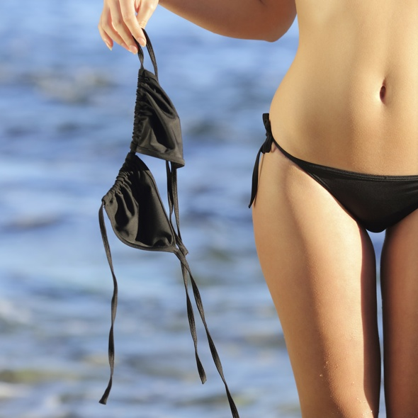 Only 2% of French women will now sunbathe topless