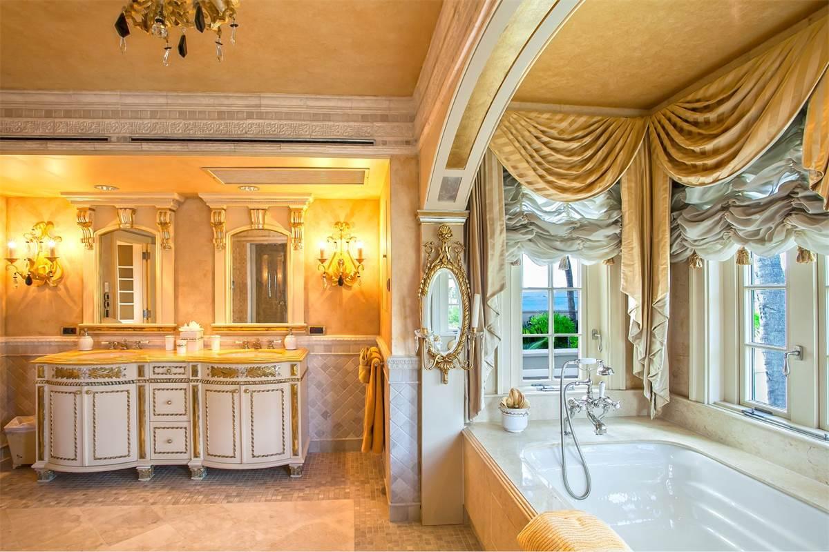 Le palace de Donald Trump à Saint-Martin est à vendre et personne n'en veut (à ce