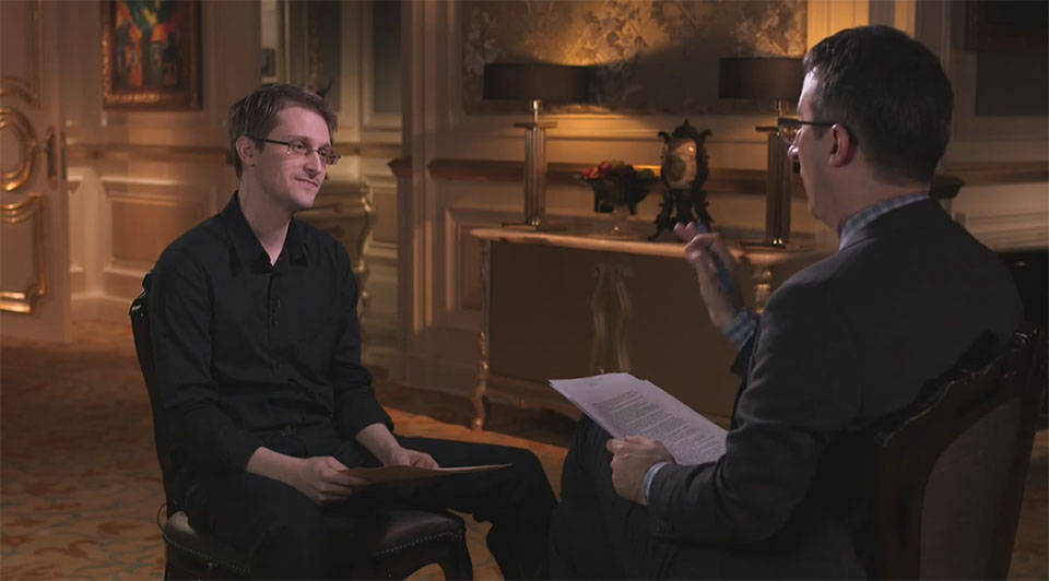 Picture of John Oliver interviewing Edward Snowden