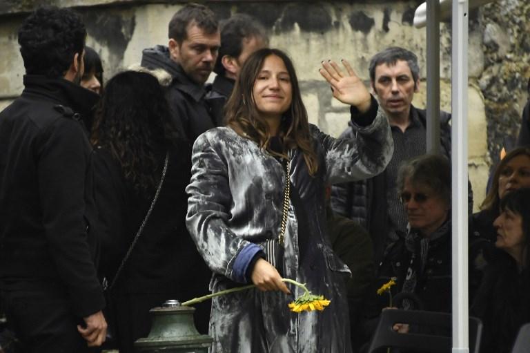 Jacques Higelin: l'hommage rayonnant d'Izïa Higelin aux obsèques de son