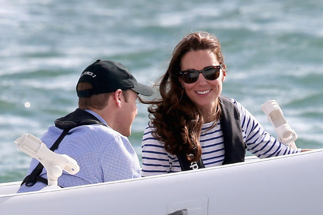 AUCKLAND, NEW ZEALAND - APRIL 11:  Catherine, Duchess of Cambridge and Prince William, Duke of Cambridge travel on the amphibious craft 'sealegs' in Auckland Harbour on April 11, 2014 in Auckland, New Zealand. The Duke and Duchess of Cambridge are on a three-week tour of Australia and New Zealand, the first official trip overseas with their son, Prince George of Cambridge.  (Photo by Chris Jackson/Getty Images)