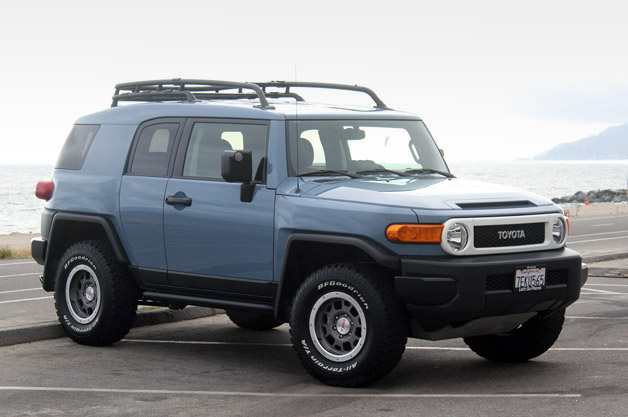 2014 Toyota FJ Cruiser - Autoblog Quick Spin