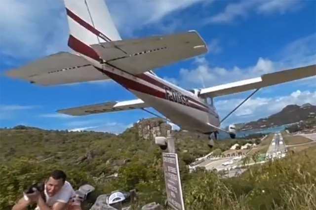 Tourist touched by plane at St Barts airport