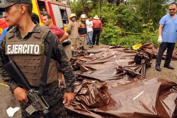 14 dead and 55 injured in Honduras bus crash