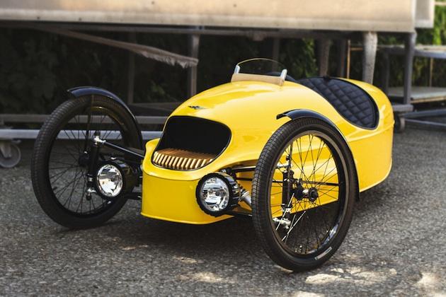 モーガンの電動3輪車「EV3」に子供用が登場! カーボン製ボディにハンドステッチのレザー張りインテリア