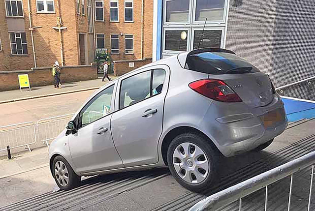 Woman, 91, gets stuck on stairs after Sat Nav mix-up