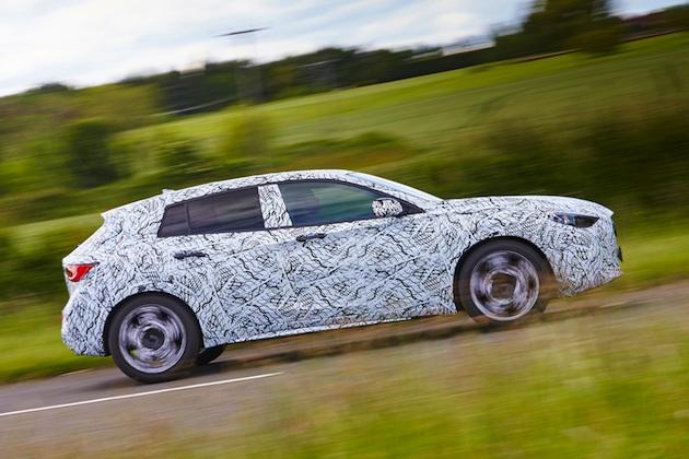 インフィニティ、新型コンパクトカー「Q30」の市販モデルを9月のフランクフルト・モーターショーで公開