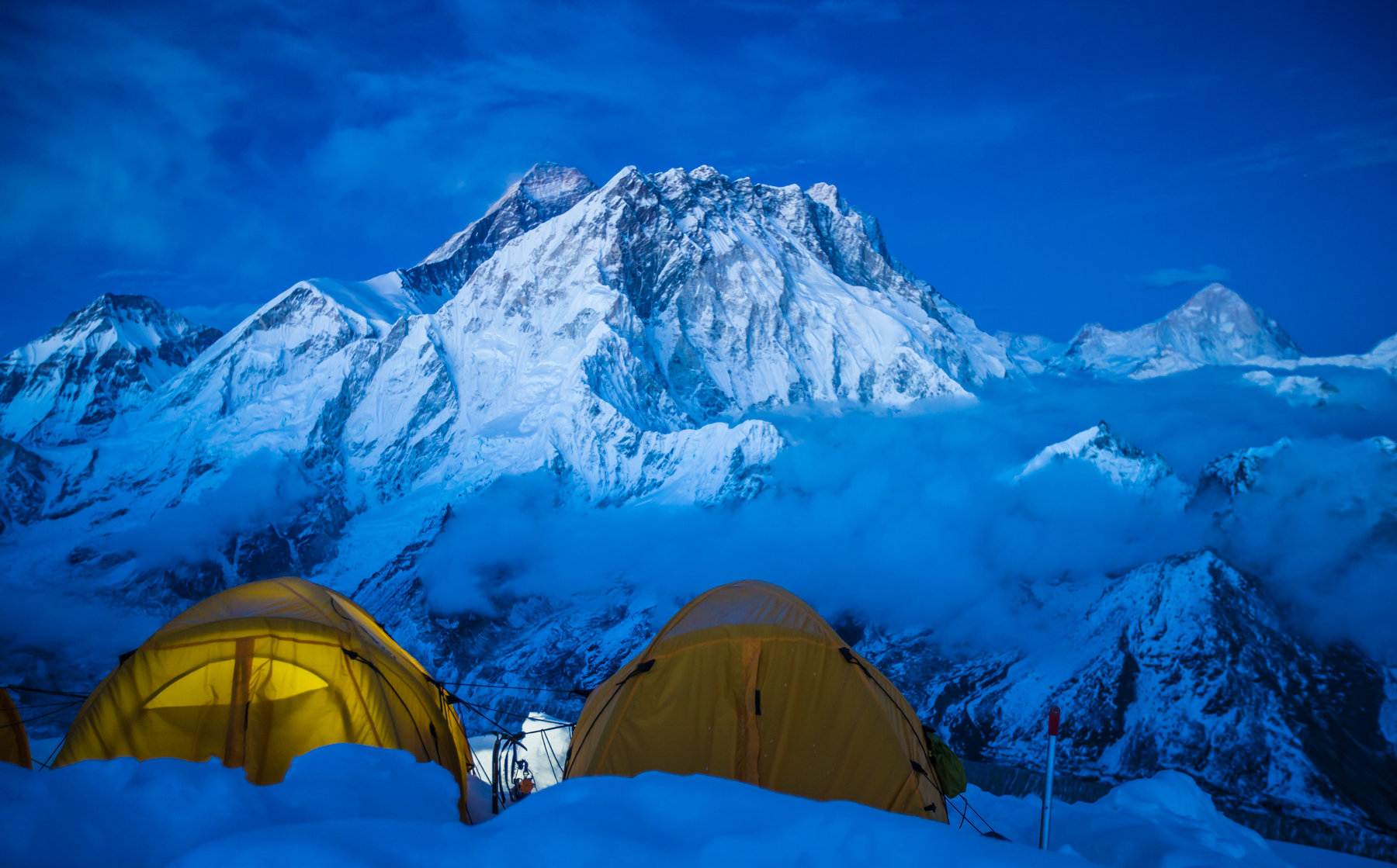 here s how i climbed mount everest and recorded it all for you to