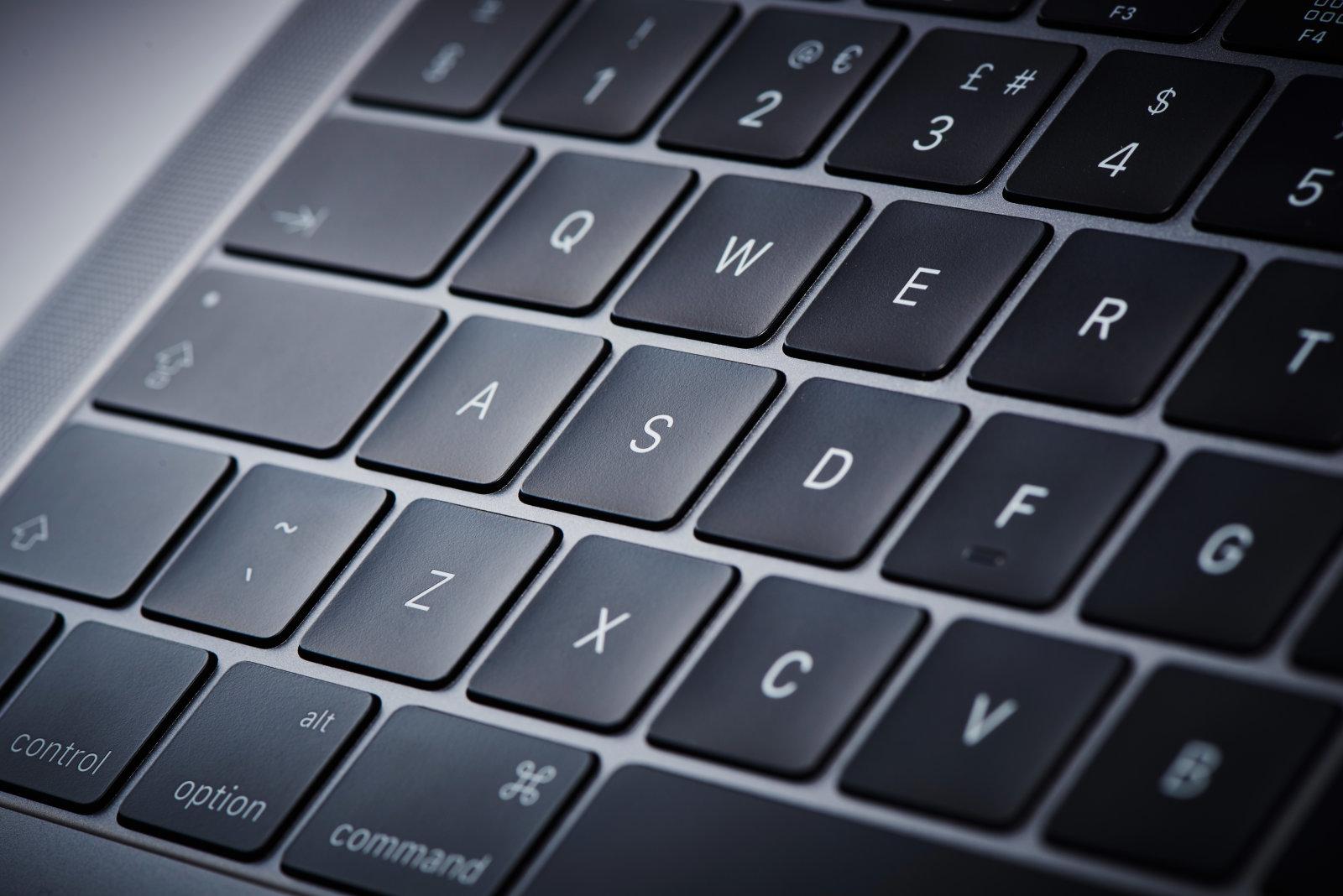 43464fe3ab MacBook Pro 2018のスピーカーにノイズが入る不具合? 複数ユーザーから報告あり - Engadget 日本版
