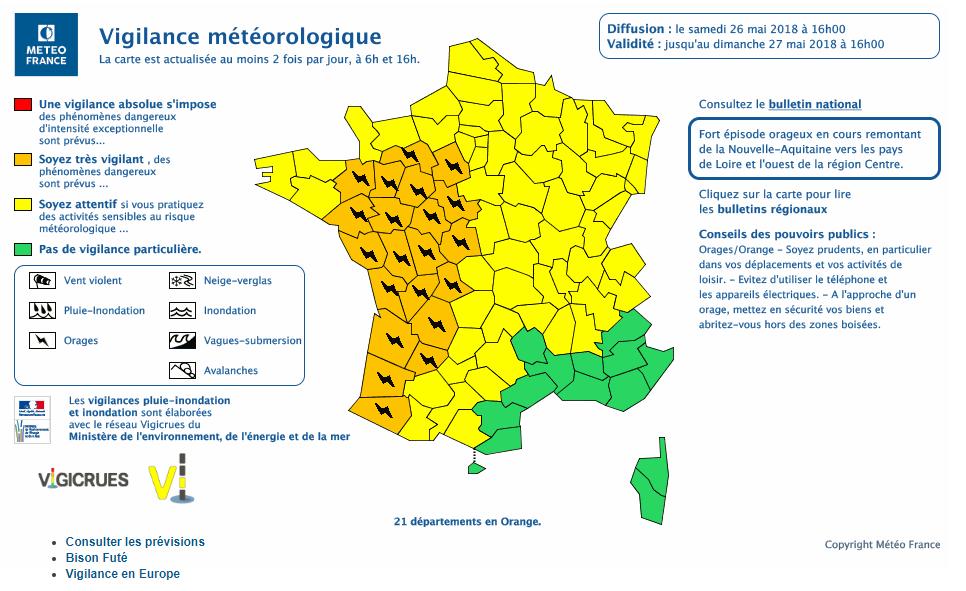 À Bordeaux, les images de la violente tempête de grêle qui s'est abattue sur la
