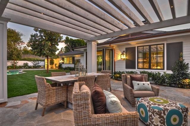 outdoor living room DetailsADesignFirm