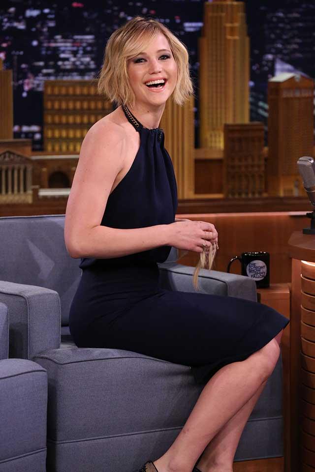 Jennifer-Lawrence-tonight-show-beard