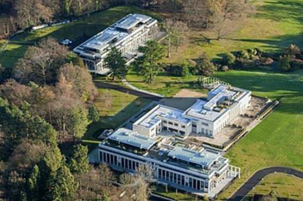 Cliff house Berkshire