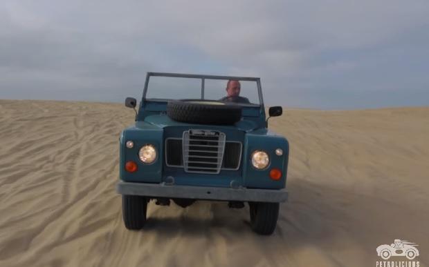 【ビデオ】故障知らずのランドローバー「シリーズⅢ」が縦横無尽に駆け抜ける