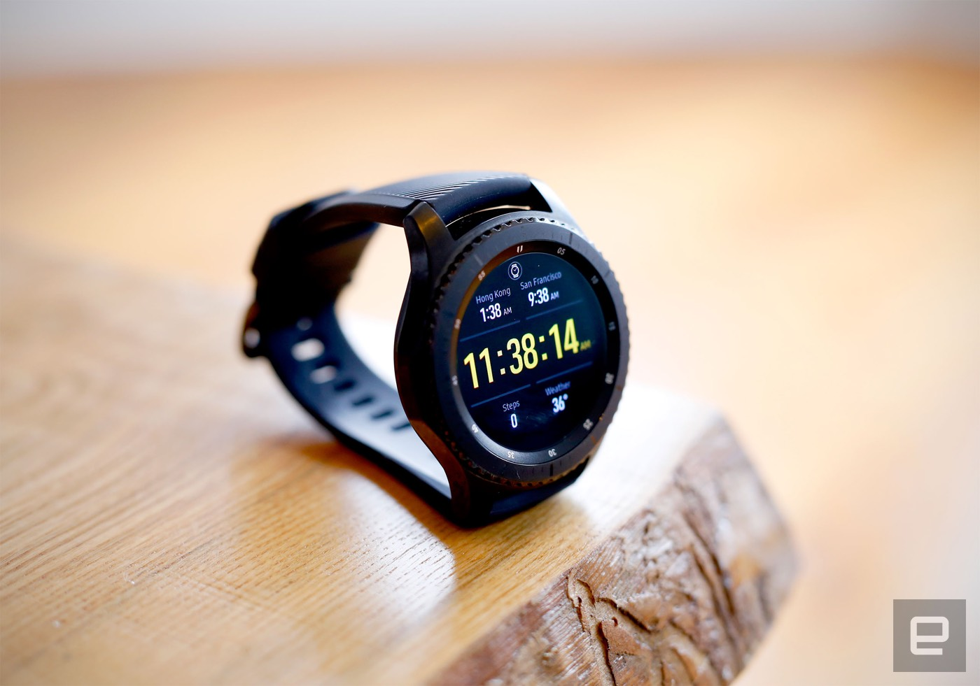 Samsung Gear S3 Frontier Review Lots Of Features Not Enough Apps
