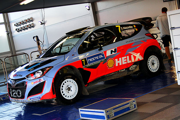 Thierry Neuville's damaged car at the Neste Oil Rally Finland. He hit a rock in a turn and had to retire with roll cage damage.