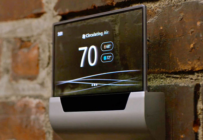 Microsoft shows off a Nest-like thermostat based on Cortana