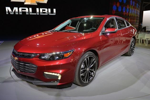 シボレーの新型「マリブ・ハイブリッド」は燃費20km/L、価格350万円から