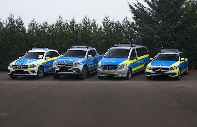 メルセデス・ベンツとスマートの警察用車両が、ドイツの警察装備見本市で公開中