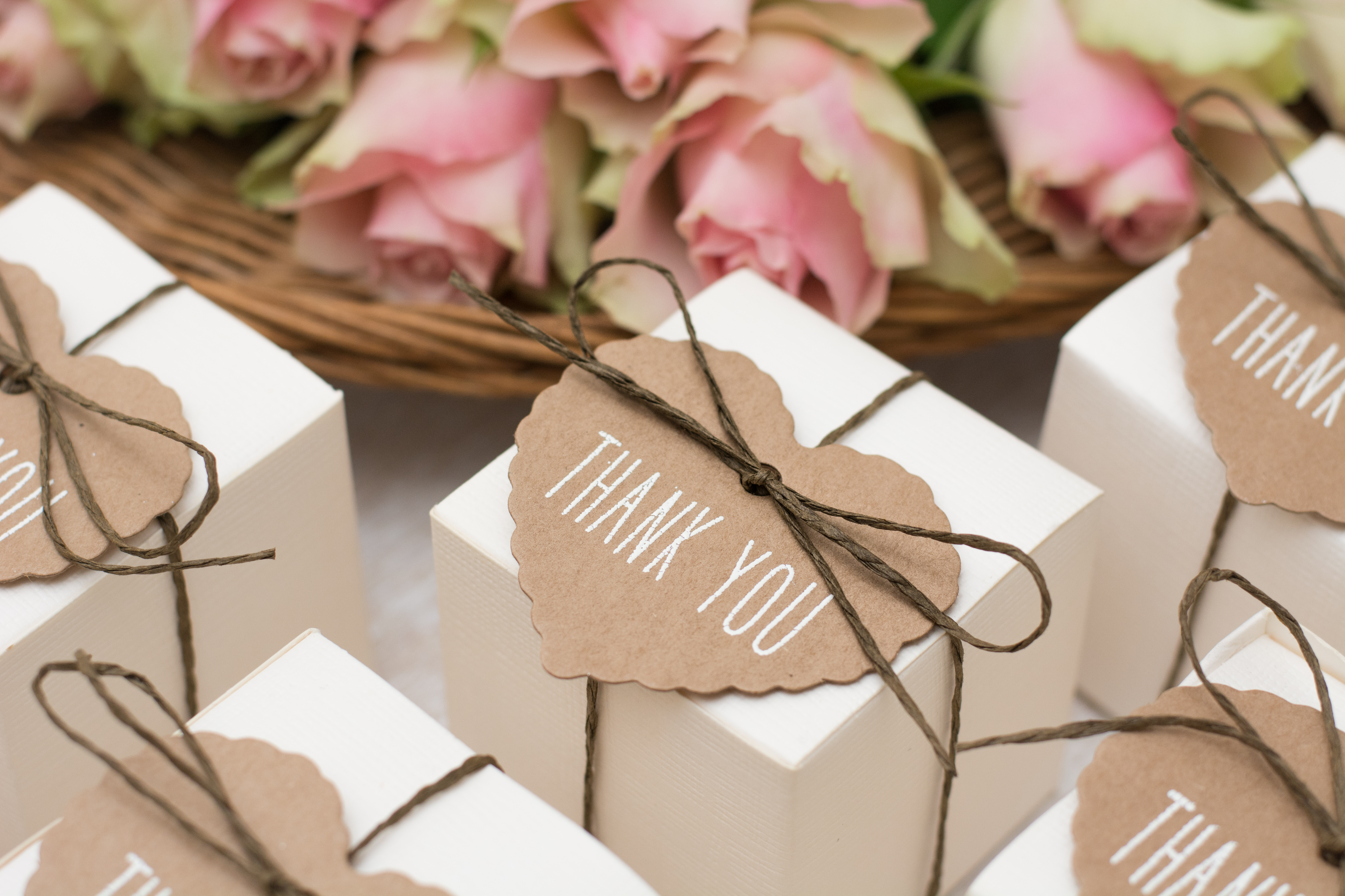 Tips For Choosing The Perfect Wedding Favors Aol Lifestyle